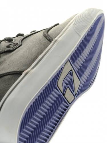Мъжки Кецове GLOBE Motley Mid S13 100628a 30302400287 - BLACK/ELECTRIC BLUE изображение 3