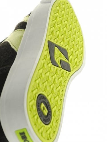 Детски Обувки GLOBE Encore Kids S13 300103c 30302400270 - BLACK /LIME изображение 2