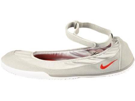 Дамски Обувки NIKE Wmns Tenkay Slip 200098a 429888-002 - Ивко